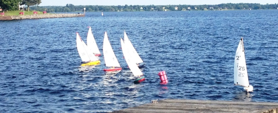 Radio controlled Sailboats